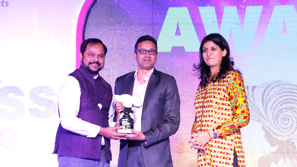 Abhilash K Ramesh (Director) Kairali wins Entrepreneurial Excellence Award for AYUSH leadership